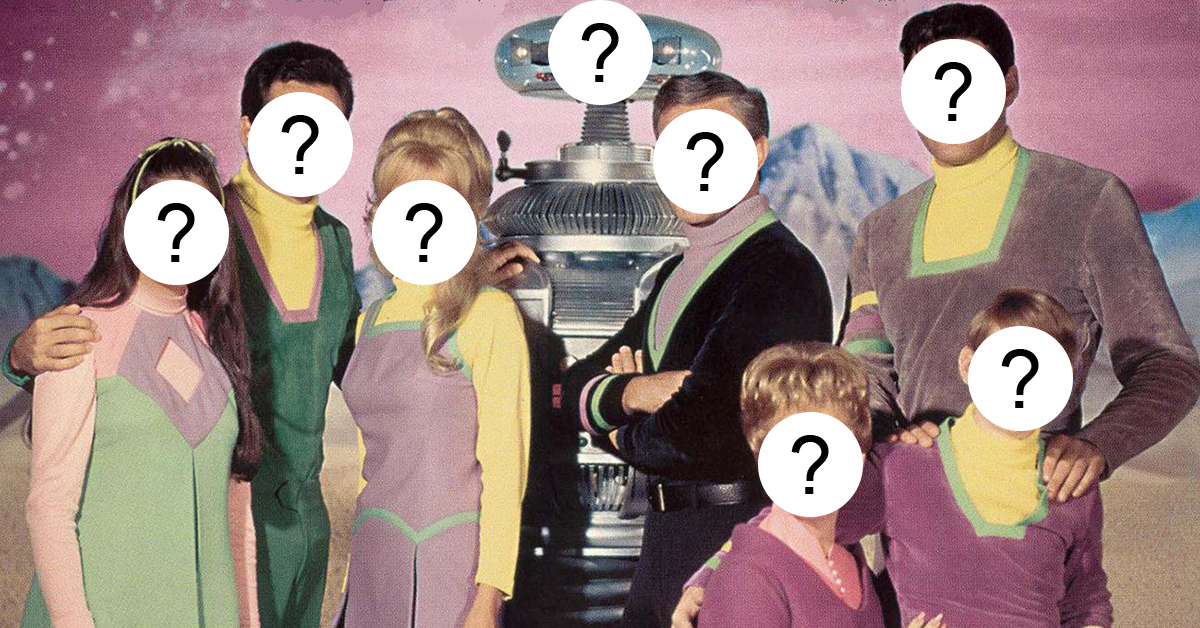 here s a look at the cast of the lost in space reboot