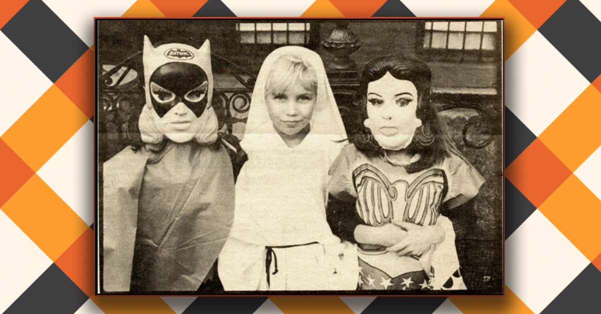 these photographs are a spooky time capsule to 1970s halloween in new york