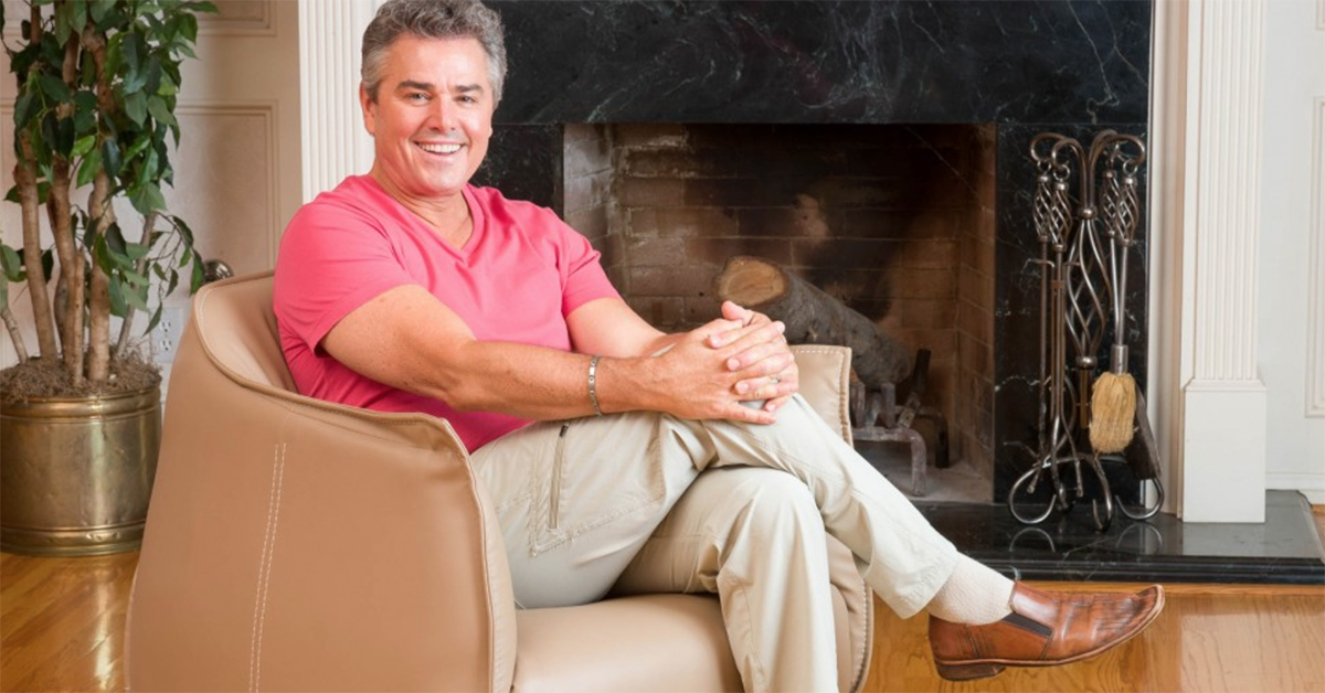 You Can Buy Furniture From Christopher Knight Of The Brady Bunch