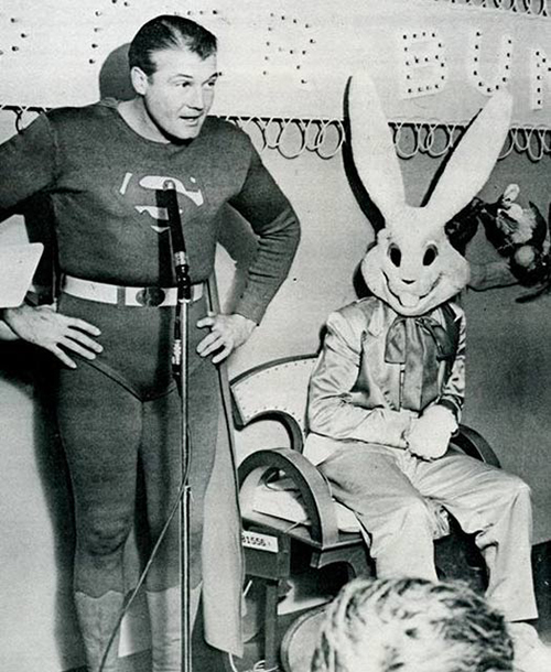 Source & 23 creepy vintage Easter Bunnies that will make you laugh until you cry