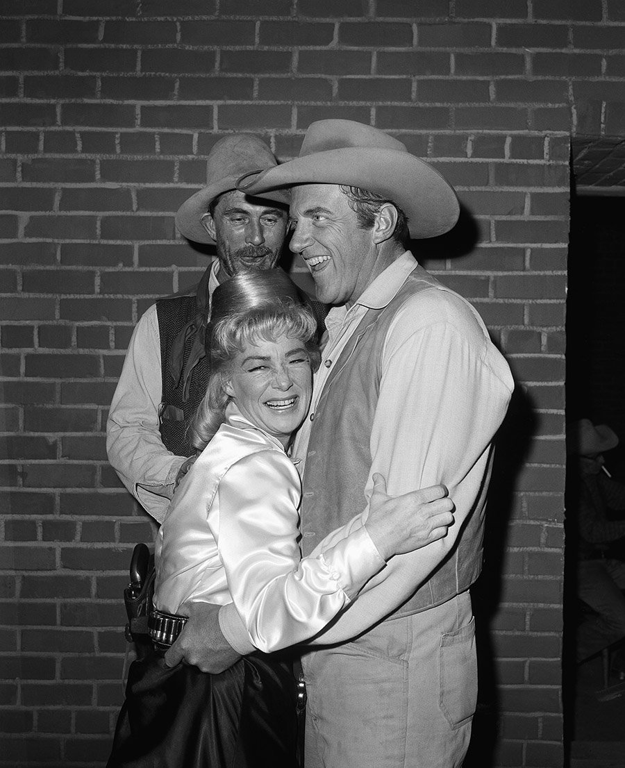 H&I | 17 revealing behind-the-scenes-photos from Gunsmoke