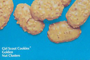 13 discontinued cookies you will never eat again on nabisco wafer peanut butter cookies, nestle peanut cookies, peanut shaped cookies, planters peanuts from the 90 s, planters snacks, nutter butter peanut cookies, reese's peanut cookies, keebler peanut cookies,