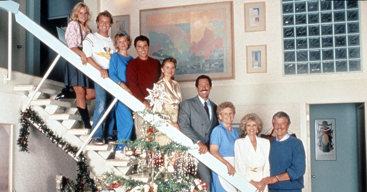 Let's not forget the Bradys reunited for a Christmas special in ...