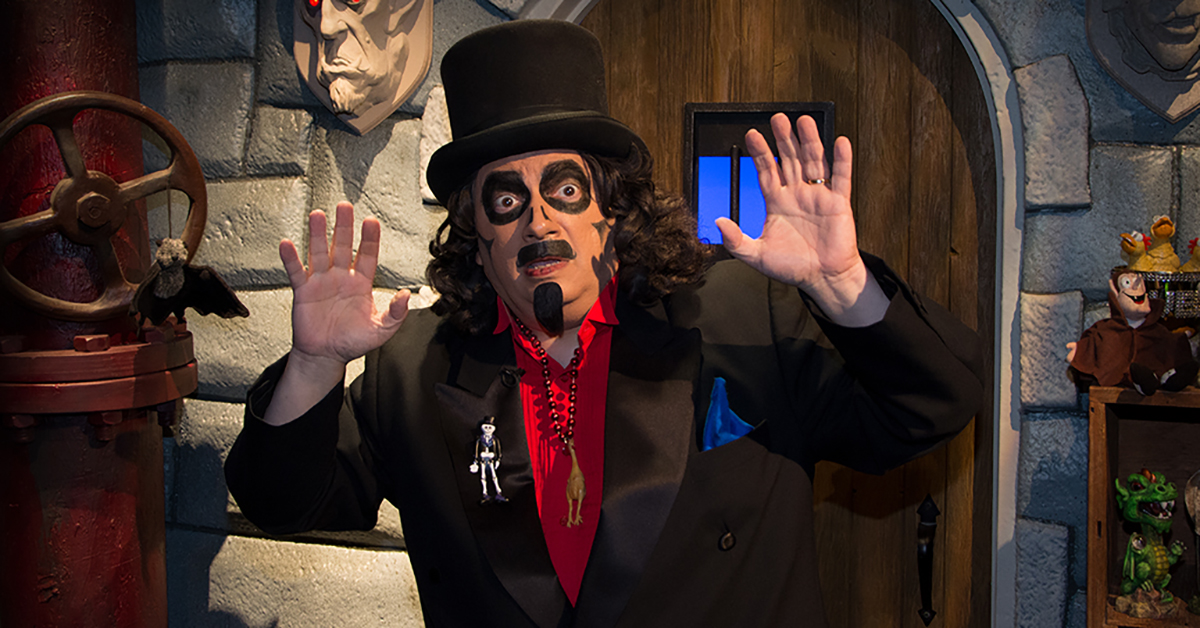 Carve A Svengoolie Jack O Lantern With This Official