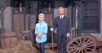 Watch The Composer Of Green Acres Theme Song Performs His Famous Tune