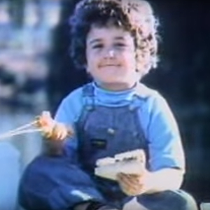 8zS5yDj4n M in addition Heres What Happened To Those Cute Kids From Your Favorite Tv  mercials besides 211579 Oscar Mayer Bologna further Six Classic Oscar Mayer Weiner  mercials additionally Starkist Tuna With Charlie  mercial. on oscar mayer bologna commercial 1973