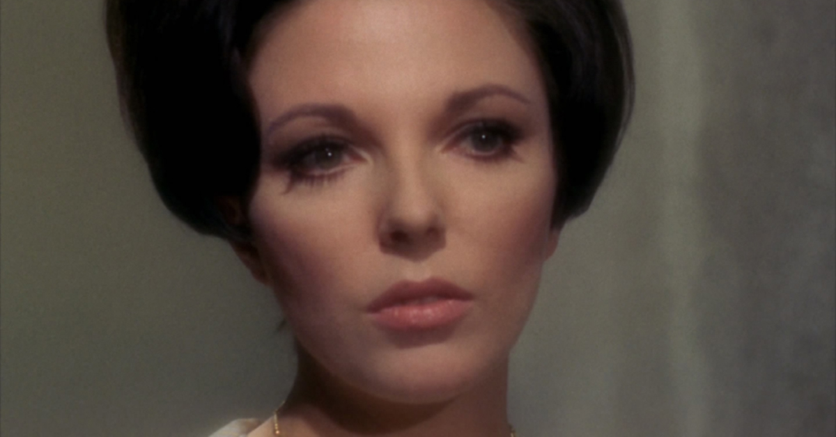 Ever wonder why the women on  Star Trek  appear out of focus  491ac15c49